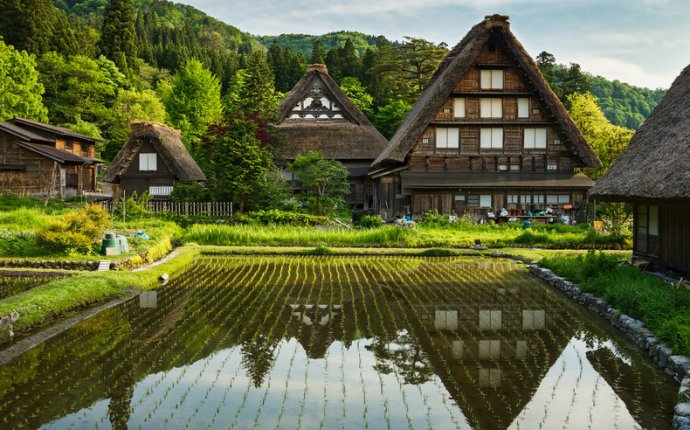 traditional villages in japan