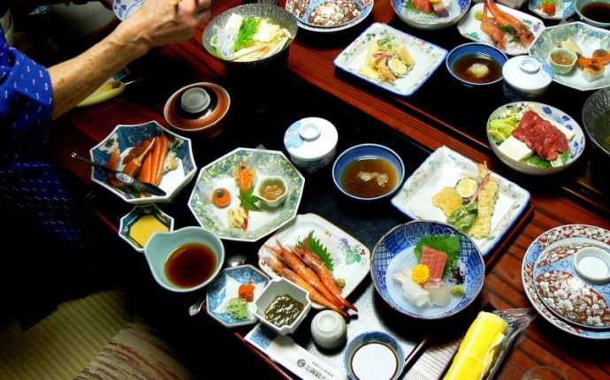 What is the traditional food of Japanese?